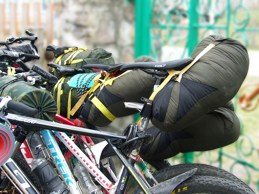 Как перевозить вещи в велопоходе